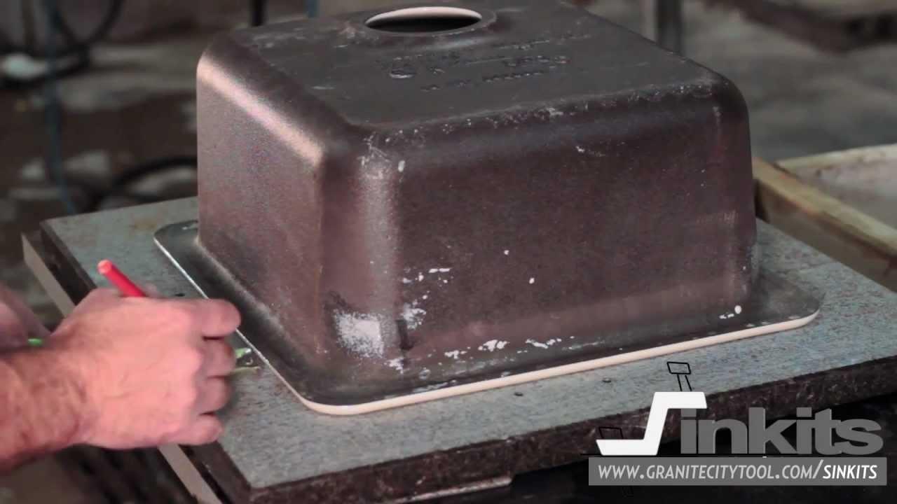 Монтаж (установка) кухонной мойки из нержавеющей стали FRANKE (www .