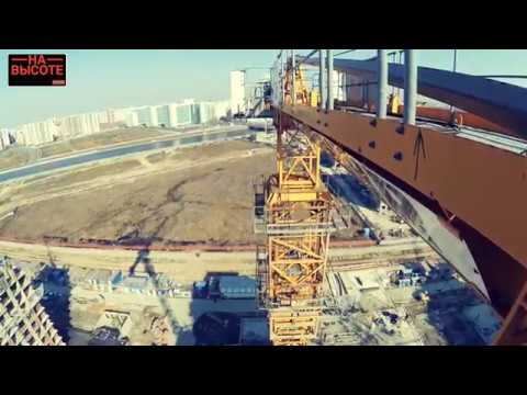 Как наращивают башенный кран Liebherr. Монтаж башенного крана.  How To Build A Tower Crane Liebherr.