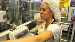 Make your Own Hershey Bar at Chocolate World at Hersheypark