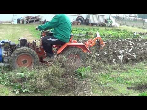 Fresatura orto con motocoltivatore 937 funnydog tv for Trattorini usati sardegna