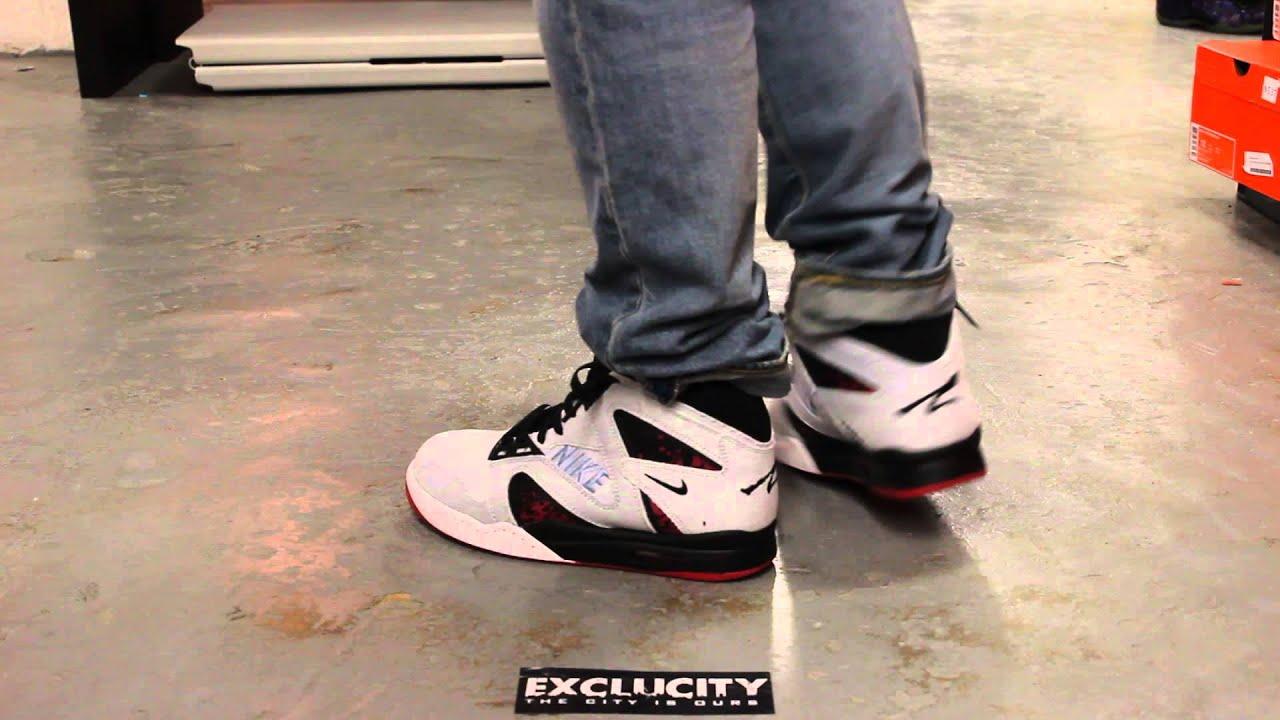 sports shoes c2ba6 d7c03 Nike Air Tech Challenge Hybrid