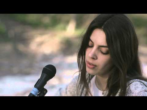 """Sessions: Julie Byrne - """"Emeralds"""""""
