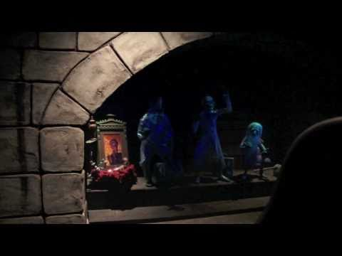 Blog Click Mikey - Haunted Mansion with the LIGHTS ON!!
