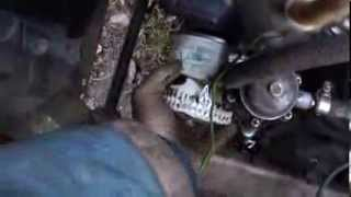 видео Volkswagen Polo Sedan ТО-2 замена масляного фильтра