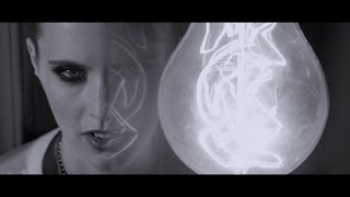 Watch Anna Calvi Suddenly video