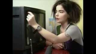 The Sugarcubes •ั live - Cat & Birthday + Björk interview (Zabor, 1988) (3/6)