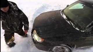 Покатушки на снегоходах. На охоту на снегоходах или как засадили форестер(Субарик провалился в канализацию и засел, на снежиках было тяжко-снег рыхлый., 2015-12-30T14:12:41.000Z)