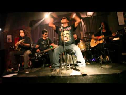 Roxx  - Air Mata Hewan (acoustic)