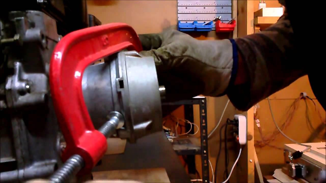 Filmato smontaggio e montaggio frizione 2 passo youtube for Ricambi valpadana