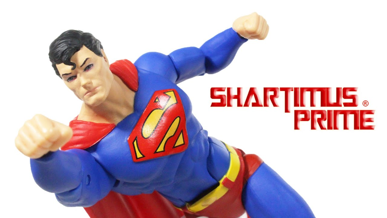 Nuovo SUPERMAN ESSENTIALS Action Figure Dc Collectibles 18 cm Dc Direct
