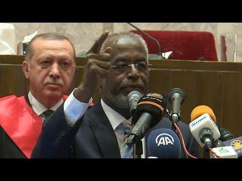 Hartum Üniversitesi Rektörü Erdoğan'ı böyle takdim etti