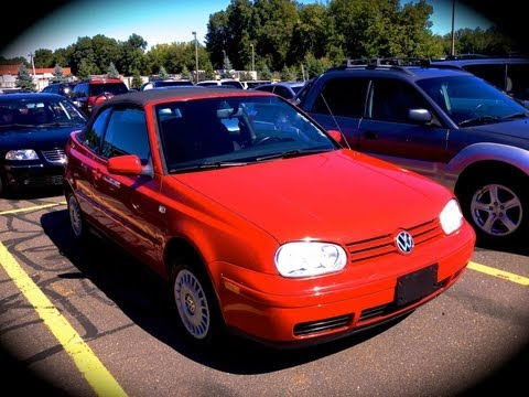 2002 Volkswagen Cabrio 2.0L Start Up, Quick Tour, & Rev With Exhaust - 92K
