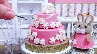 Edible Miniature Pink Chocolate and Daisy flower mini cake - Mini Food