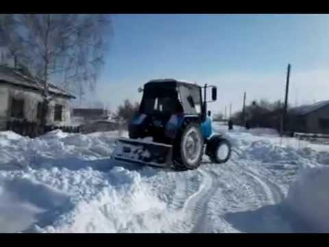 Трактор МТЗ 82 Стагомет и МтЗ 892 вывозим сено. зима 2014.