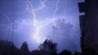 Fulmni e temporale su milano/meteo estate 2012