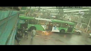 Captan nuevo accidente en peligrosa esquina de Quilicura - CHV Noticias