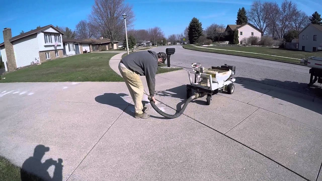 How to level a concrete driveway youtube how to level a concrete driveway solutioingenieria
