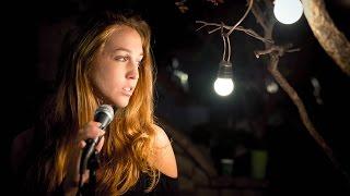 Video Flashlight (Jessie J) - Luisa Hackett & Gianfranco Casanova - Cover download MP3, 3GP, MP4, WEBM, AVI, FLV Juli 2018