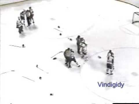 Flames - Blackhawks brawl 88-89 playoffs