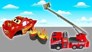 Мультики про Машинки для Детей - Маквин и Мусоровоз-  Пожарная машина тушит пожар