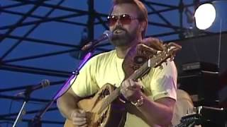 Glen Campbell - Rhinestone Cowboy and Galveston (Live at Farm Aid 1985)