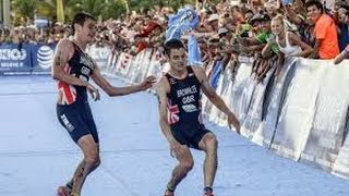 Jonny Brownlee Helped over Finish Line by Brother Alistair - Brownlee Brothers