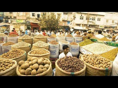 New Delhi - Khari Baoli - the Largest & Oldest Spice Market in all of Euro-Asia Live!