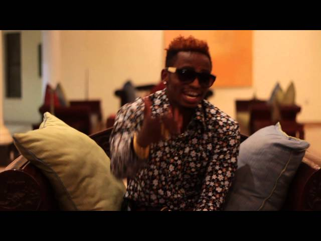 diamond platnumz talking with comoro people about his concert on 22june Travel Video