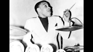 Chick Webb & His Orch. - Breakin
