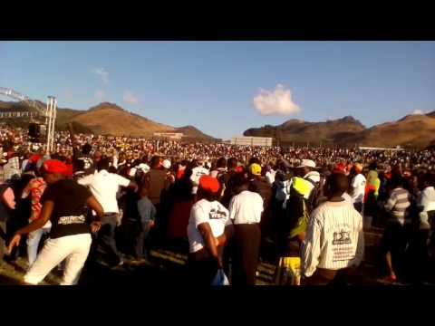 Soul Jah Love performs at the ZANU PF Mutare Youth Interface Meeting 16 June 2017