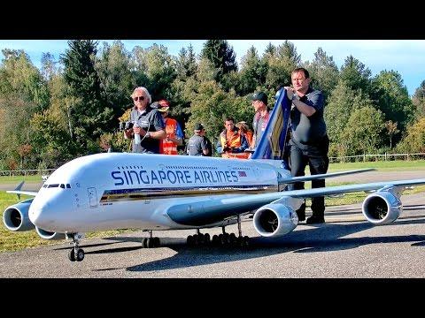 BIGGEST RC AIRLINER A-380 800 GIGANTIC 71KG SCALE 1:15 MODEL AIRPLANE FLIGHT / Hausen am Albis 2015