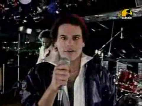 KC & The Sunshine Band - Please don't go (hi quality sound)