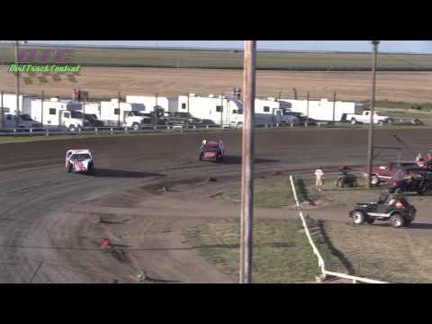 IMCA Modified Heats Wakeeney Speedway 7 27 14
