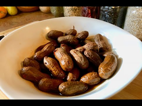 Best Snack Ever - Cajun Boiled Peanuts in a Slow Cooker