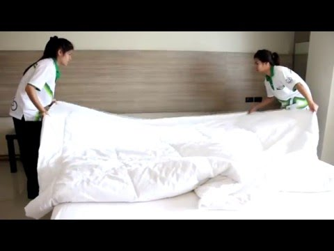 Housekeeping : How to Clean a Guest Room by KU SRC Student