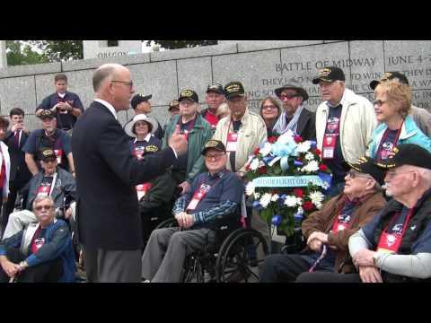 Greg Walden Honors Oregon Veterans at World War II Memorial