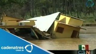 Luce devastada Coyuca de Benítez, Guerrero; colapsa puente vehicular y hay rapiña de ganado