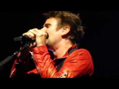 Muse - Neutron Star Collision live in Nashville, 06/09/13