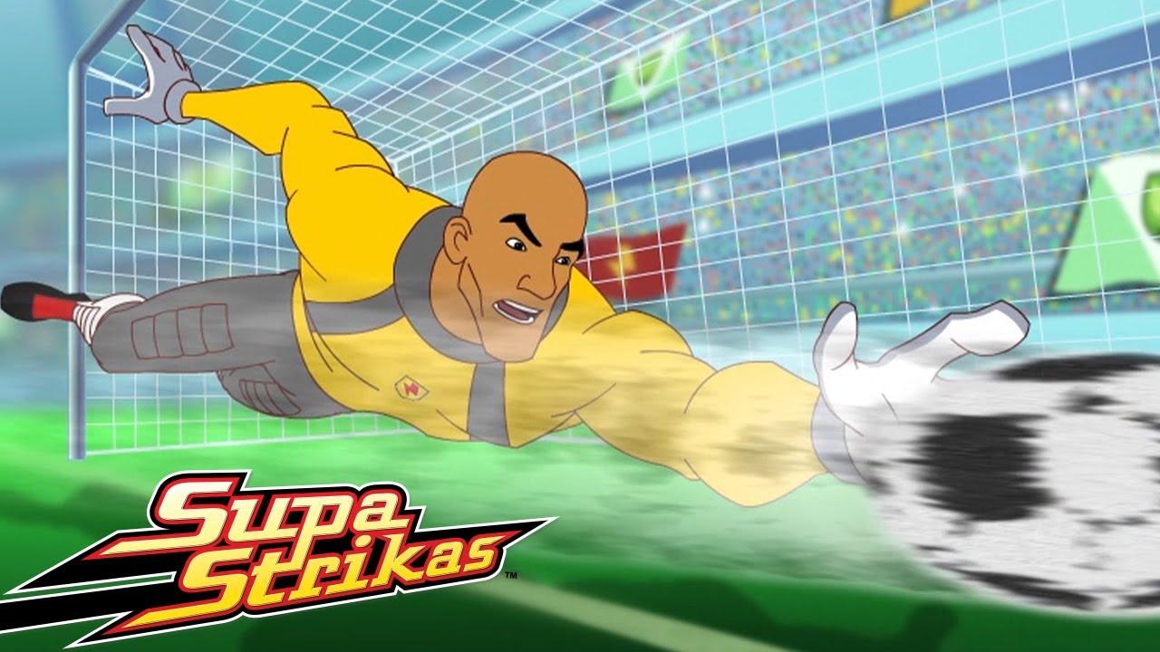 Supa Strikas | Drei sind eine Menge - Ganze Folge | Fußball Cartoons für Kinder