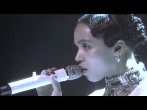 FKA twigs - Good To Love ( live at The Tonight Show Starring Jimmy Fallon)