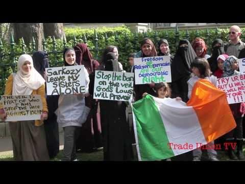 Protest at French Embassy Niqab ban  Dublin, 22 April 2011