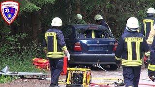 🚨 [VKU mit eingeklemmte Person] ELW / VRW + HLF 10/6 + TLF 16/24 Feuerwehr Hohenleuben