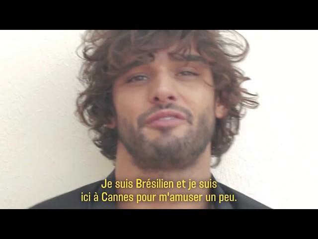 d2c826932d670 Modelo Marlon Teixeira, ex de Marquezine,  ensina  atuação em vídeo e vira  alvo de piada