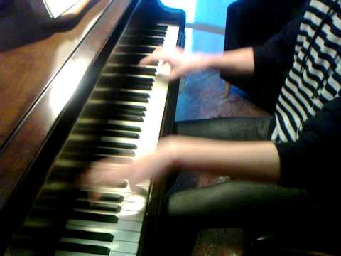 INCREDIBLE piano solo  Butterflies & Hurricanes (MUSE)- Alex