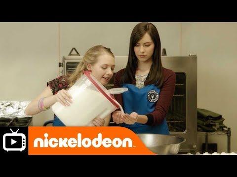 I Am Frankie | Baking | Nickelodeon UK