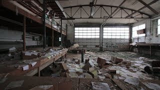 MILLION DOLLAR YACHT FACTORY Everything Left Behind!!!!