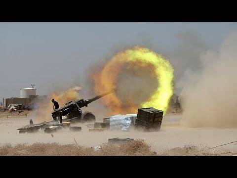 ISIL militants come under attack on two fronts in Iraq