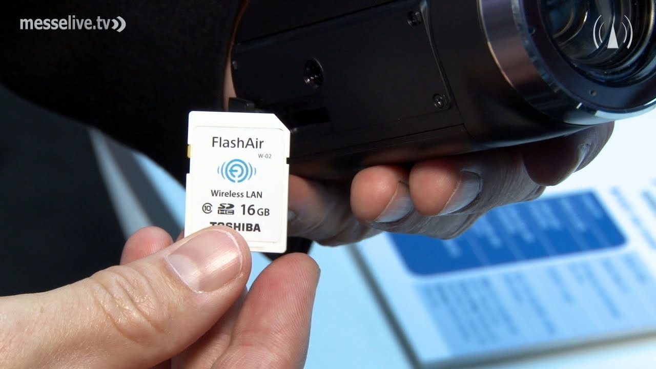 Toshiba FlashAir: Wireless transfer of photos from your digital camera -  IFA 2013 interview