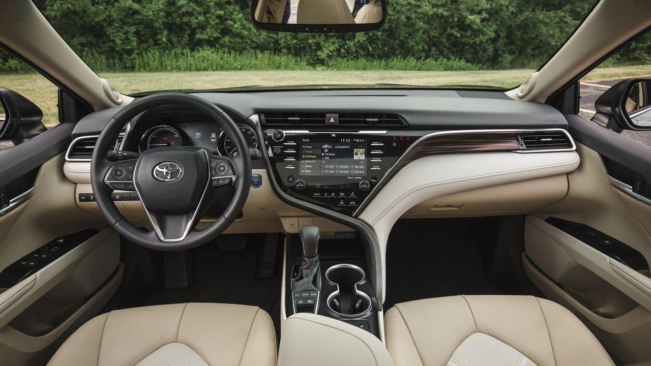 2018 Toyota Camry Xle Hybrid 0 60 Mph 7 9 Sec