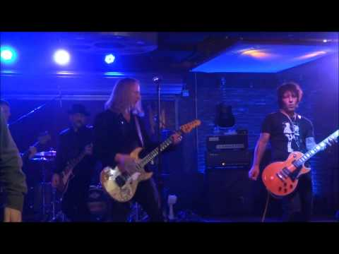 Friedman Pre-NAMM w/ Jerry Cantrell - Man in the Box w/ two riff teasers - Lucky Strike 1/17/17